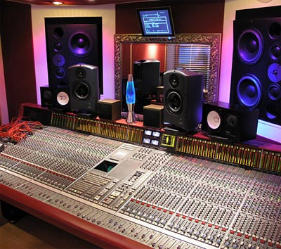 Awe Inspiring Building A Home Recording Studio Under Budget Dvd Your Memories Largest Home Design Picture Inspirations Pitcheantrous